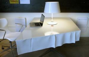gore-flow-desk